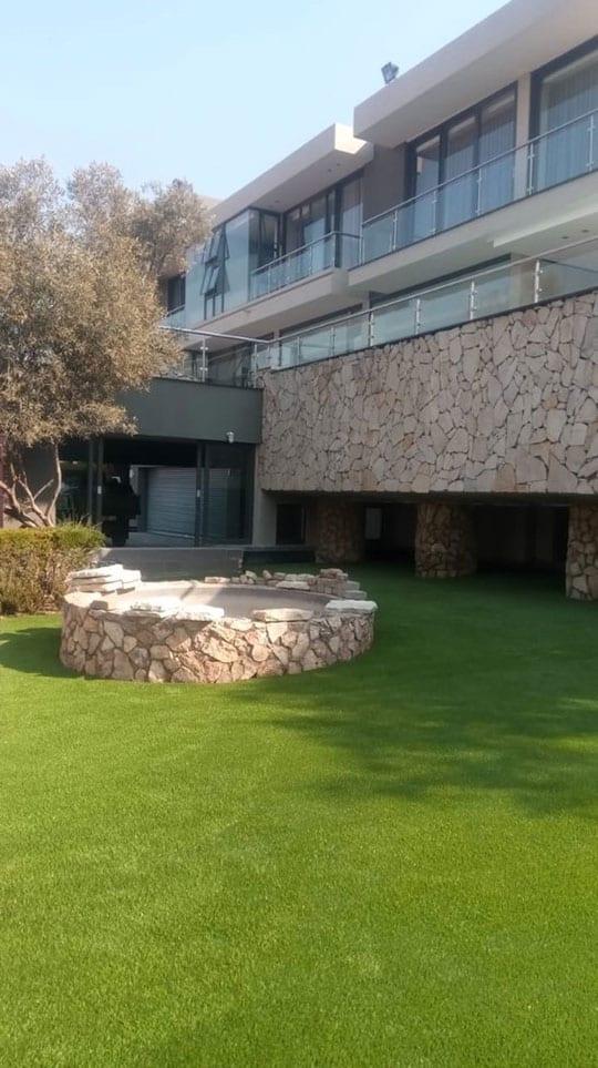 Artificialgrassguru Grass Installation4